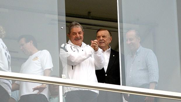 Ex-presidente Lula e José Maria Marin na partida do Santos (Foto  Lucas 1a7648d66382a
