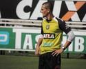 Mateus Alves é novo reforço do Figueirense e já treina com o grupo