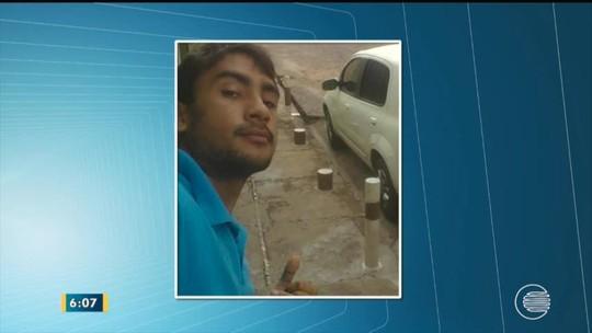 Jovem morre eletrocutado após bater carro em um poste na PI-212