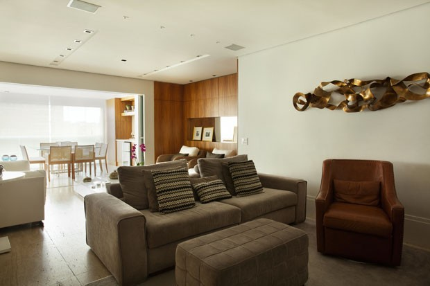 Reforma prioriza espa o gourmet e sala de estar casa for Sala de estar funcional