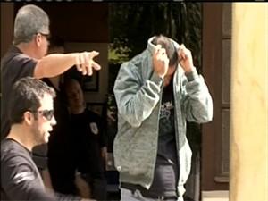 Acusados de fraude no INSS são presos em SC (Foto: Reprodução/RBS TV)