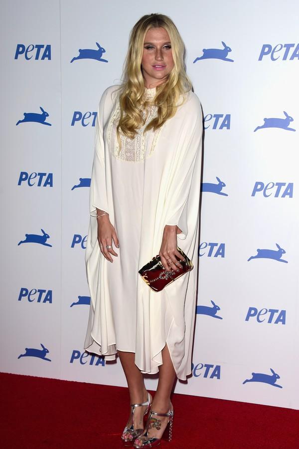 Kesha sente prazer por experiências sobrenaturais (Foto: Getty Images)