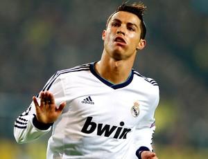 Cristiano Ronaldo comemora gol do Real Madrid contra o Borussia Dortmund (Foto: AP)
