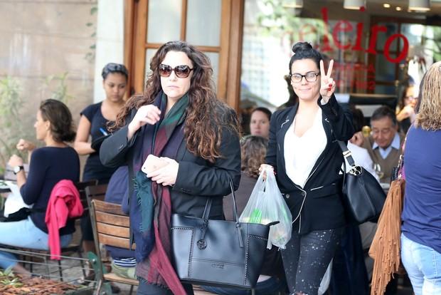 Letícia Lima e Ana Carolina (Foto: AgNews)