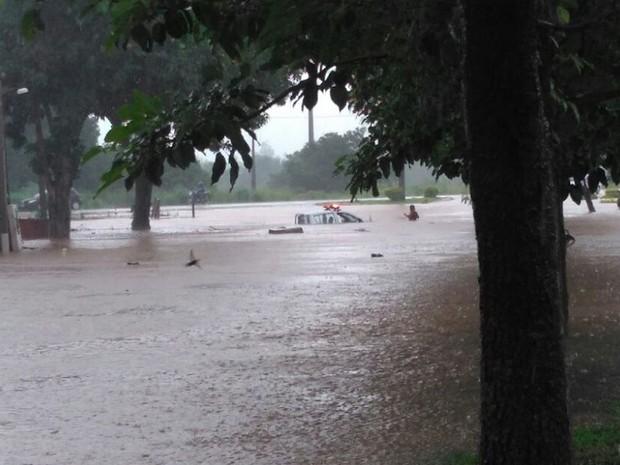 Alagamento foi registrado em Formoso do Araguai (Foto: Divulgação)