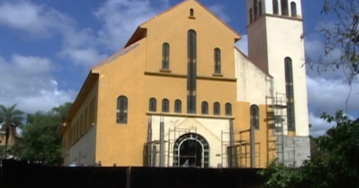 Reforma de igreja de Araxá é adiada após surpresa durante obras