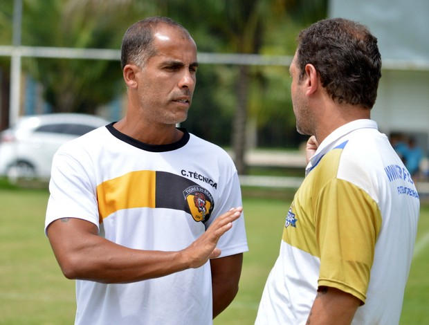 Felipe, técnico do Tigres