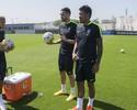 Neymar, Renato Augusto e Paulinho iniciam treinos para eliminatórias
