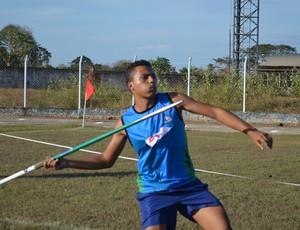 Tauan Lucio, de 17 anos, se classificou na prova de lançamento de dardo no Joer (Foto: Mônica Santos)