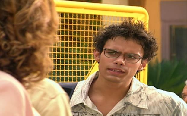 Felipe descobre que Pasqualete é seu pai