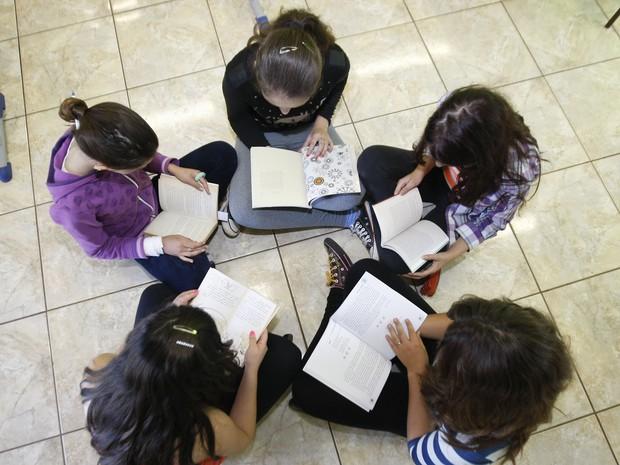 Escolas estaduais devem oferecer atividades integrais ou de contra turno (Foto: Hedeson Alves/AEN/Divulgação)