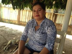Mãe da adolescente diz que filha morreu de graça (Foto: Júnior Freitas/ G1)