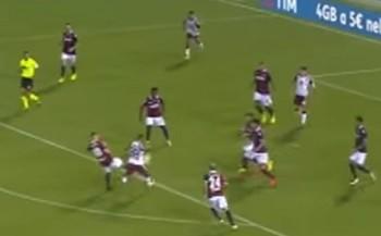 Destro corta a bola para a área do Bologna em gol do Torino anulado