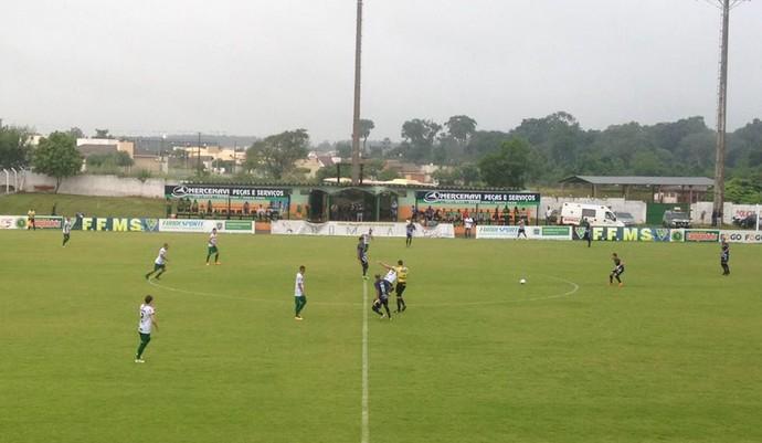 Naviraiense x Ivinhema estádio Virotão (Foto: Diogo Nolasco/TV Morena)
