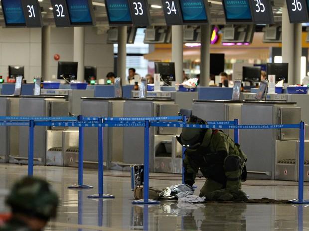 Aeroporto Xangai : Chinês que detonou bomba no aeroporto de xangai acumulou