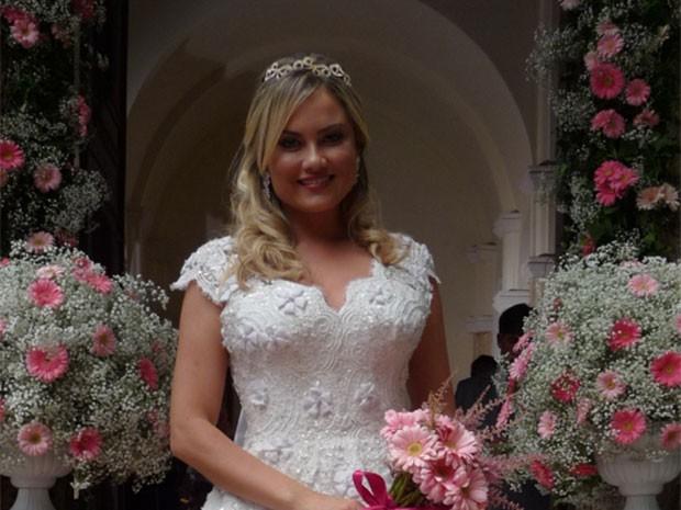 Ludmila ficou um arraso em seu casamento bafônico (Foto: Viviane Figueiredo/Gshow)
