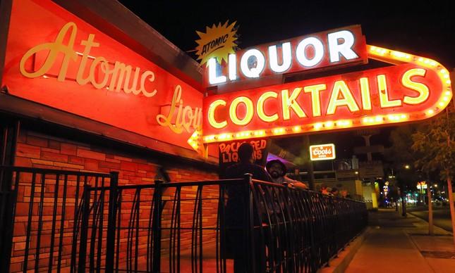 O Atomic  Liquors
