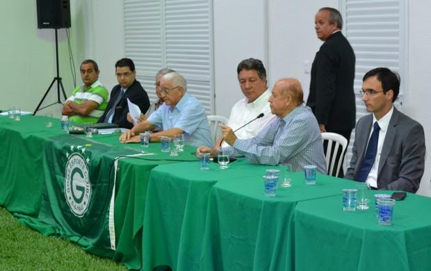 Hailê Pinheiro na eleição do Conselho Deliberativo do Goiás (Foto: Divulgação)