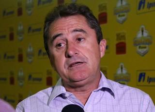 Francisco Novelletto presidente FGF (Foto: Eduardo Deconto/GloboEsporte.com)