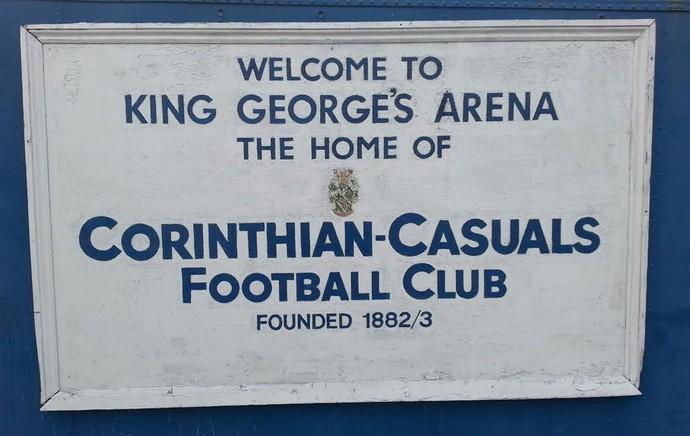 Corinthian-Casuals - Estrutura do King George's Field (Foto: Rodrigo Faber)