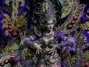 808fc71aa G1 - Veja como foi o desfile das candidatas ao Rainha das Rainhas ...