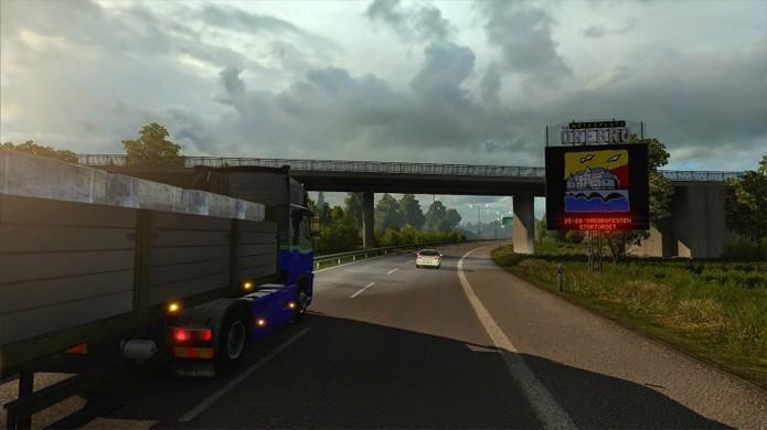 Jogadores poderão visitar famosas fábricas de caminhão como da Scania e Volvo Trucks (Foto: CarGamingBlog)