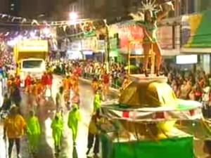 Carnaval 2013 em Barra Mansa (Foto: Reprodução/TV Rio Sul)