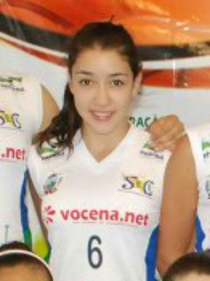 Flavia Vitória de Castro, de 14 anos, participava do Campeonato Paranaense de Basquetebol (Foto: Divulgação/Caramuru)