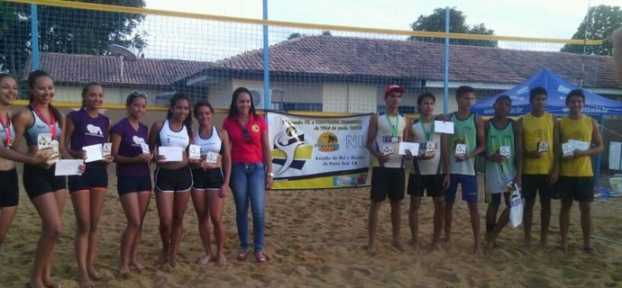 Torneio sub-17 de vôlei de praia (Foto: Nedson Brito)