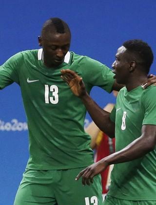 Sadiq Umar Nigéria Japão (Foto: Reuters)