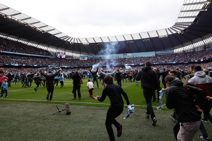 Manchester City campeão festa (Foto: AP)