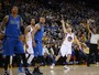 Thompson e Curry somam 73 pontos, e Warriors seguram os atrevidos Mavs