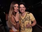 Andressa Urach exibe anel de brilhantes que ganhou de sertanejo