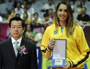 A carreira de Thaísa pela seleção brasileira está repleta de conquistas nas quadras (Foto: Divulgação/CBV)