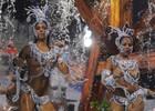 Abre-alas  dá banho em musas; VEJA (Flavio Moraes/G1)