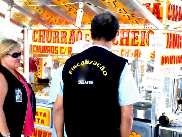 Fiscalização de Postura de Quissamã. (Foto: Divulgação/Prefeitura de Quissamã)