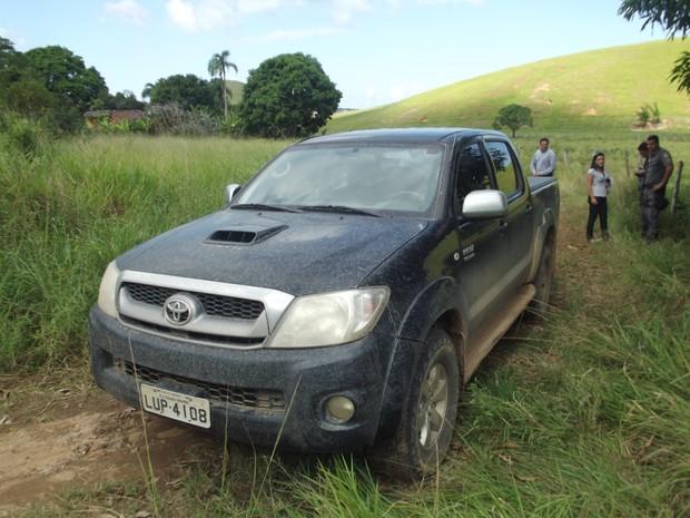 Prefeita de Iguaba Grande, RJ, conta como foi assalto com seis reféns (Foto: Heitor Moreira/G1)