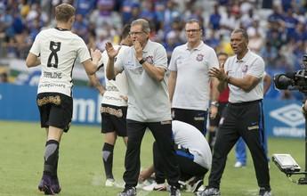 """""""Corinthians não tem futebol para  estar na Libertadores"""", diz Belletti"""