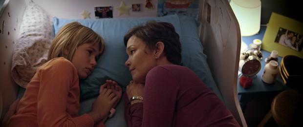 Júlia Lemmertz com Mariana Goulart no filme Pequeno Segredo (Foto: Divulgação)