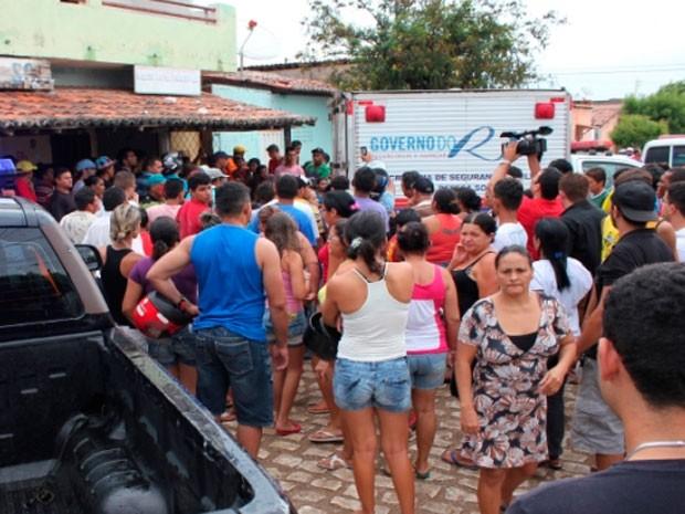 Crime aconteceu no bairro Quixabeirinha, na zona Leste de Mossoró (Foto: Marcelino Neto)