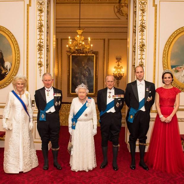 A família real (Foto: reprodução/Instagram)