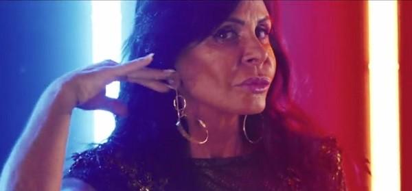 Gretchen no lyric vídeo de Katy Perry, que foi gravado em Salvador (Foto: Reprodução)