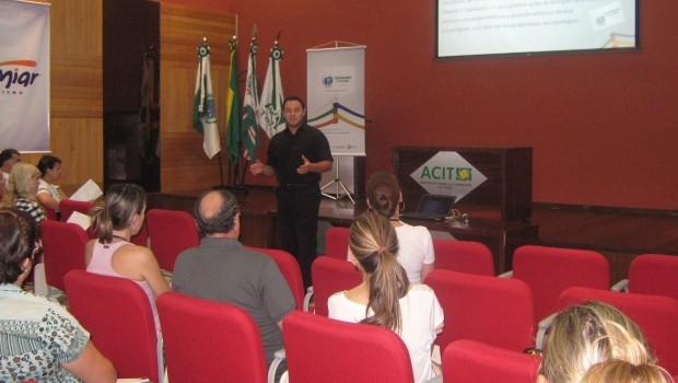 Na etapa de mobilização acontecem encontros com Secretarias e Núcleos de Regionais de Educação (Foto: Divulgação/RPCTV)