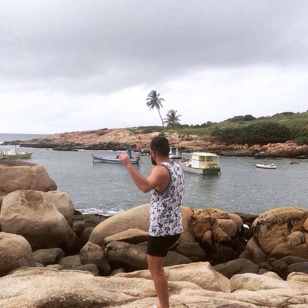 Esse aqui é nosso designer João Augusto Anfe, sortudo que conheceu a Praia de Calhetas (Foto: João Augusto Anfe)