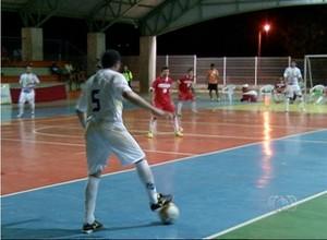 Taquaralto estreia no Futsal Série Ouro empatando em 3x3 com o Colinas (Foto: Reprodução/TV Anhanguera)