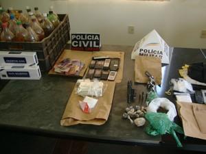 Operação Papagaios e Maravilhas Polícia Civil Polícia Militar Centro-Oeste Minas Gerais (Foto: Polícia Militar/Divulgação)