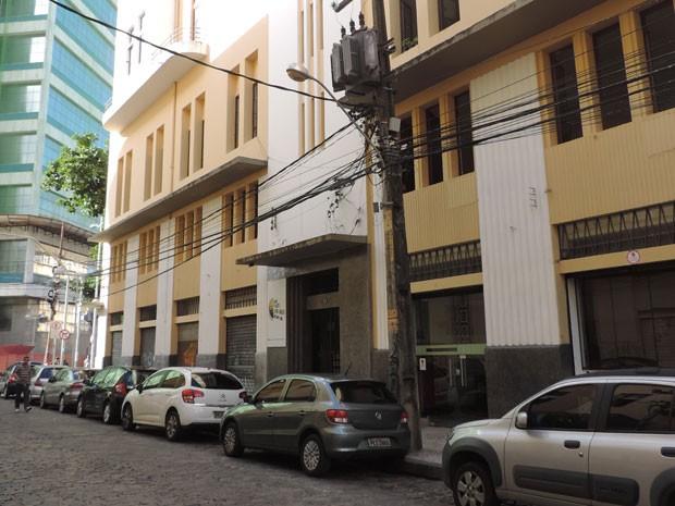 Local funciona na Rua Mariz e Barros (Foto: Vitor Tavares / G1)