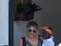 Giovanna Ewbank aparece com a filha, Titi, após aulinha de natação