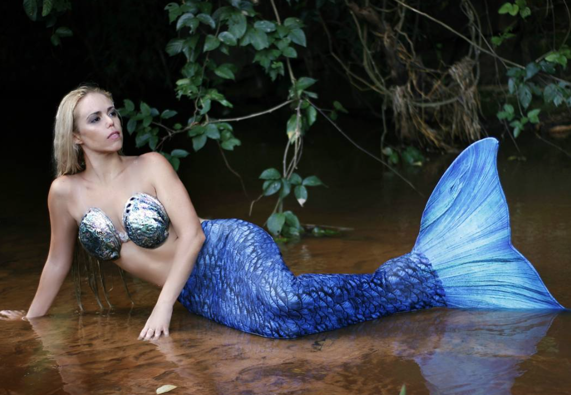 A sereia profissional Mirella Ferraz (Foto: Reprodução/Instagram)