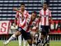 Junior elimina Montevideo Wanderers nos pênaltis e pega Chape nas quartas